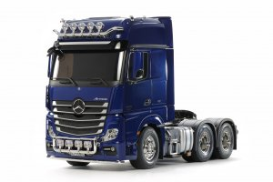 Pearl Blue Actros